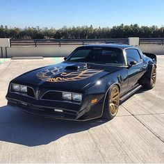 Classic second generation Pontiac Trans Am muscle gets contemporary upgrades! ⚡️ ⭐️ @ ArtRojasWS6