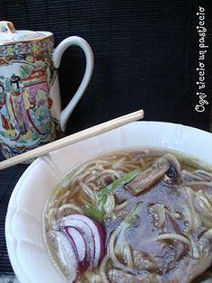 Ogni riccio un pasticcio - Blog di cucina: Zuppa con canton noodles