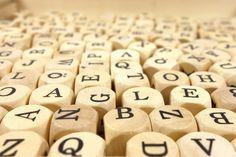 LAS SOPAS DE LETRAS  DE LACLASEDEELE             Las sopas de letras son excelentes actividades para practicar y repasar el vocabulario a...