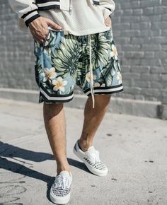 FOG Shorts http://www.99wtf.net/men/6-things-which-make-women-attracted-to-men/