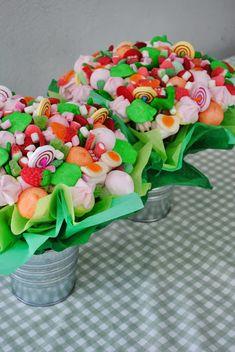 LOS DETALLES DE BEA: Los centros de las mesas de los niños... Catering Flor de Sal