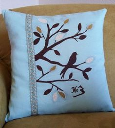 Sewn Bird Pillow Cover | Sewing Craft | Country Woman Crafts — Country Woman Magazine  http://www.countrywomanmagazine.com/wp-content/uploads/2012/01/templatebird.pdf