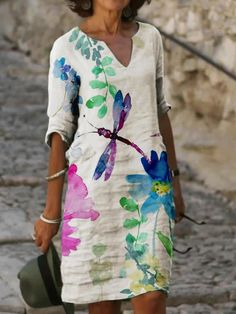 Image by Shutterstock Colorful Ethnic Mandala Giraffe Women/'s Tee