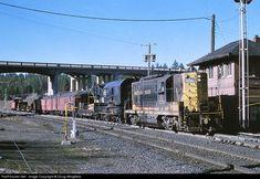 RailPictures.Net Photo: NP 559 Northern Pacific Railway EMD GP7 at Marshall, Washington by Doug Wingfield