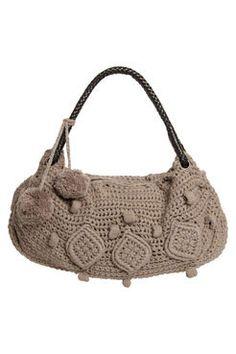 Para quem é louca por bolsas como eu , aqui tem uns modelos de bolsas de crochê que vão te fazer babar. Uma pena que não tenho receitas de ...