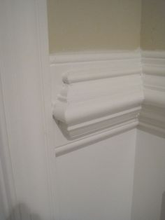 Merveilleux Last Week I Mentioned That I Would Give A Tutorial Of How We Installed Our  Chunky Chair Rail U0026 Wainscoting. However, Since My Husband Di.