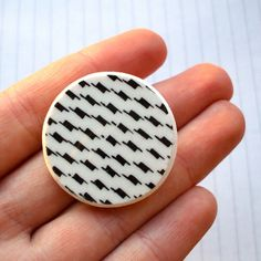 Broken China Brooch - Black and White Dogtooth