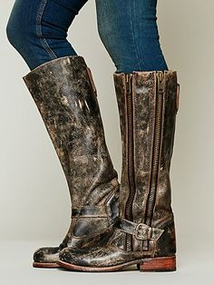 Davi Distress Tall Boot