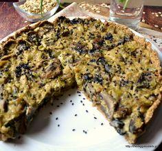 Amazing mushroom leek tart: hard to believe it is vegan! Vegan Pies Savoury, Vegan Quiche, Vegan Tarts, Savory Snacks, Vegan Foods, Vegan Vegetarian, Vegetarian Recipes, Delicious Vegan Recipes, Healthy Recipes