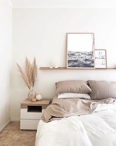 ideas for bedroom decor bedroom with fireplace decor bedroom decor quiz bedroom decor headboard bedroom decor dark wood bedroom decor royal blue kawaii bedroom decor bedroom decor near me Minimal Bedroom, Modern Minimalist Bedroom, Minimal Home, Bedroom Modern, Home Decor Bedroom, Budget Bedroom, Bedroom Ideas, 1920s Bedroom, Bedroom Inspiration Cozy