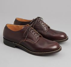 SERVICE SHOES, BURGUNDY :: HICKOREE'S