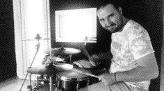 ������✔������ . . . #izmir #drummer #artwork #turk_kadraj #turkobjektif #instagramturkiye #müzik #musician #kültür #psikoloji #felsefe #vf15 #igersizmir #turkinstagram #turkobjektif #producer #aniyakala #fikir #sanat  #percussion #insan #instacool #art http://turkrazzi.com/ipost/1521797579942367575/?code=BUegtYMg5FX