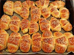 Hot Dog Buns, Hot Dogs, Greek Pastries, Filo Pastry, Bulgarian Recipes, Bread, Food, Decoupage, Entertaining