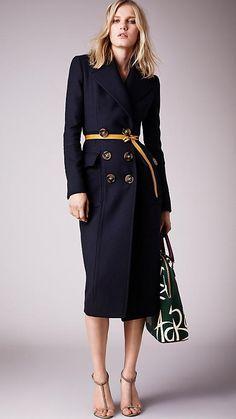 Plastischer, körperbetont geschnittener Mantel aus Wolltwill | Burberry