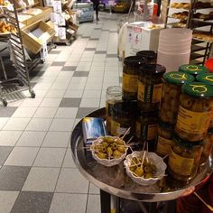 #now Smakesprøver på Meny Vika Lurer du på hvor du får kjøpt produktene våre? her http://bit.ly/DemoEDI #matoslo #nowoslo #oslo #matbutikken