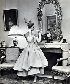 God I wish we people still dressed and carried themselves like this- Balenciaga 1955