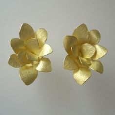 Kayo Saito: Petal Earrings, 2010