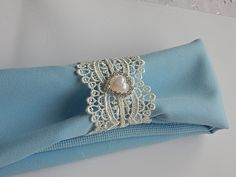 Romantic Delicate Wedding WHITE LACE w/PEARL & Rhinestone Heart Napkin Rings, Lace Napkin Holders, Lace w/Pearl, Special Occasion, Set of 25 by CustomNapkinRings on Etsy