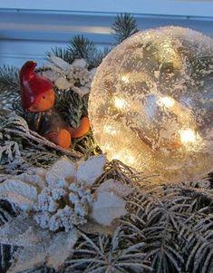 """VillaTuta (Mummon pajukori): """"Jäälyhty"""" ilman jäädyttämistä! Christmas Time, Christmas Bulbs, Christmas Gifts, Christmas Decorations, Holiday Decor, Family Gifts, Winter Time, Holidays And Events, Origami"""