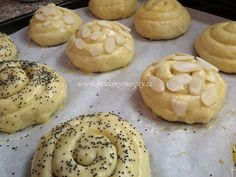 Bread Recipes, Cooking Recipes, Bread And Pastries, Biscuit Cookies, Easter Recipes, Sweet Recipes, Sweet Treats, Deserts, Food And Drink