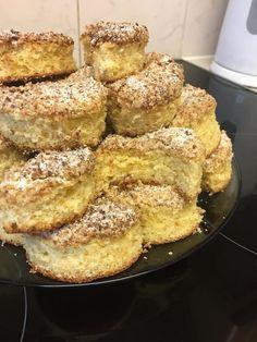 Kossuth kifli, emlékeztek még erre a diós finomságra? - Egyszerű Gyors Receptek French Toast, Breakfast, Dios, Morning Coffee