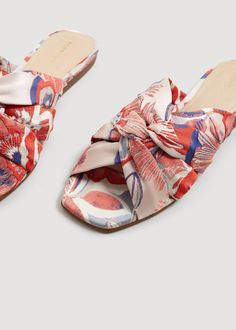 Embroidered sling back sandals - Women Me Too Shoes, Shoes Flats Sandals, Latest Shoe Trends, Mens Fashion Shoes, Slingback Sandal, Hot Shoes, High Heel Boots, Slip On Shoes, Flats