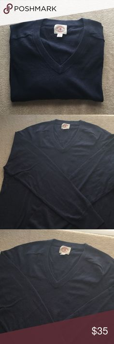(Men) Brooks Brother - Blue Cotton Sweater Excellent condition. The price is not firm. Make an offer and no trade. Brooks Brothers Sweaters