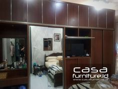 "48 Suka, 1 Komentar - KITCHEN SET,LEMARI MINIMALIS (@casafurniture.id) di Instagram: ""Lemari pakaian Kelapa Gading Gading griya lestari,  CASAFURNITURE ID  Jasa pembuatan custom…"" Kitchen Sets, Closet, Furniture, Home Decor, Diy Kitchen Appliances, Armoire, Decoration Home, Room Decor, Home Furniture"