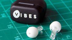 Usa questi tappi per le orecchie per proteggere il tuo udito e goderti il concerto