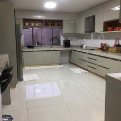 Future House, My House, Girl Bedroom Walls, Kitchen Room Design, Dorm Room, Room Inspiration, Kitchen Cabinets, Room Decor, Decoration
