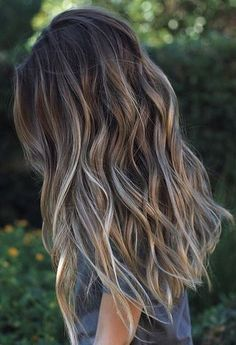 long hair style Gray Highlights Brown Hair, Blonde And Brown Ombre, Hair Colors For Brown Skin, Brown Highlighted Hair, Fall Hair Colour, Ashy Brown Hair Balayage, Ash Ombre Hair, Sun Kissed Highlights, Ash Blonde Balayage