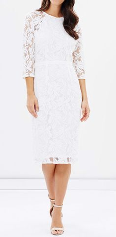 White Fashion Round Neck Lace Dress