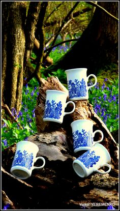 """""""Blue Willow"""" famous pattern range of cups, mugs, saucers and different designs of cake stands to add to your collection of blue and white pottery and give a touch of exquisite style to your dining table and tea ceremony... Browse unique and stylish tea time accessories at Etsy Posh&Seductive boutique store. Warm welcome to all. #BlueWillow"""