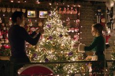 Official movie site for Last Christmas, starring Emilia Clarke, Henry Golding, Michelle Yeoh and Emma Thompson. Emma Thompson, Christmas Poster, Christmas Movies, Christmas 2019, Christmas Ideas, Black Christmas, Christmas Inspiration, Winter Christmas, Emilia Clarke