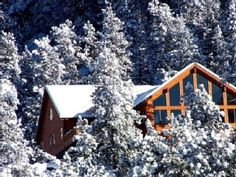 Estes Park House Rental: Stunning Mountain Home! Absolutely Private On Acres Vacation Rental Sites, Vacation Spots, Colorado Cabins, Estes Park, Park Homes, Cabins In The Woods, Cabin Rentals, Fairy Houses, So Little Time