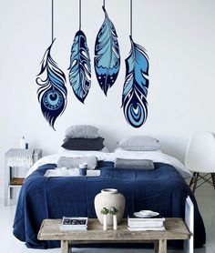 Feather wall art, Wall Decoration, Nursery wall art-DIY hand painted feather wall art wall murals Source by Knuddeltantchen Simple Wall Paintings, Creative Wall Painting, Wall Painting Decor, Mural Wall Art, Nursery Wall Decor, Wall Art Decor, Bedroom Wall Designs, Wall Decor Design, Wall Art Designs