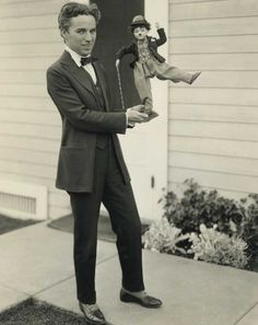 c. 1917 : Charlie Chaplin and 'Tramp' Doll