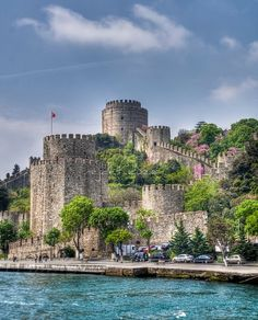Rumeli Hisarı, Istanbul, Turkey What To Do Before You Travel Before I go on a brand new trip, whatever the reason, stress does not fall out of my way. Places Around The World, Around The Worlds, Turkey Photos, Istanbul Travel, Turkey Travel, Culture Travel, Bulgaria, Places To See, Go Kart