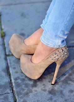High #heel #shoes