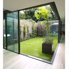 Courtyard Design Ideas for Modern Houses Interior We collect some good courtyard design ideas for you. You can choose one of the most suitable courtyard design ideas. Courtyard Design, Garden Design, Modern Courtyard, Indoor Courtyard, Indoor Garden, Courtyard Ideas, Rooftop Garden, Atrium Ideas, Courtyard House Plans