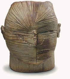 Escultura de Benjamin Lira en ceramica     / Chile
