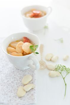 #food photography #baby mini 'fabada' with white Lima beans and chorizo #homemade #inspiration | Au Petit Goût