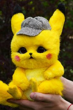 Detective Pikachu - me gusta Pikachu Drawing, Pikachu Art, Cute Pikachu, Ash Pokemon, Baby Animals Super Cute, Cute Kawaii Animals, Cute Little Animals, Cute Little Baby, Cute Pokemon Wallpaper