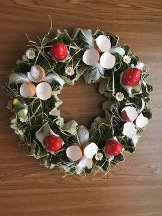 Easter Decor, Diy And Crafts, Decoration, Craft, Deco, Decor, Decorations, Decorating, Dekoration