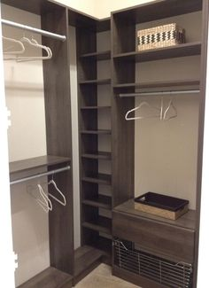 Corner closet idea