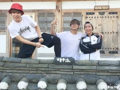 Naver Starcast] BTS J-hope, Jimin & V - enjoying spring!