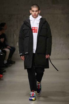 Li-Ning Fall-Winter 2018-2019 - New York Fashion Week