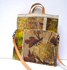 New bags from Swarm via Design Sponge.