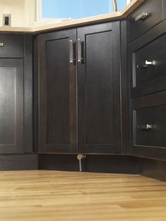 The faucet foot activator assembly is neatly hidden in the toe-kick of standard cabinetry. Tapmaster