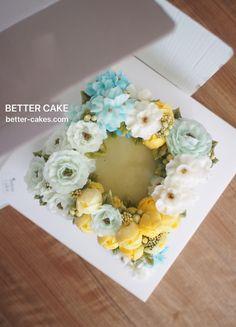 Done by students of BETTER CLASS (베러 심화클래스/Advanced course) www.better-cakes.com . Any inquiries about my class, plz send me email. bettercakes@naver.com  #buttercream#cake#베이킹#baking#koreanbuttercream#koreancake#버터크림케익#베러케이크#yummy#flower#꽃#sweet#플라워케이크#foodporn#birthday#wedding#디저트#foodie#dessert#버터크림플라워케이크#following#food#piping#beautiful#flowerstagram#instacake#pastry#꽃스타그램#공방#instafood#